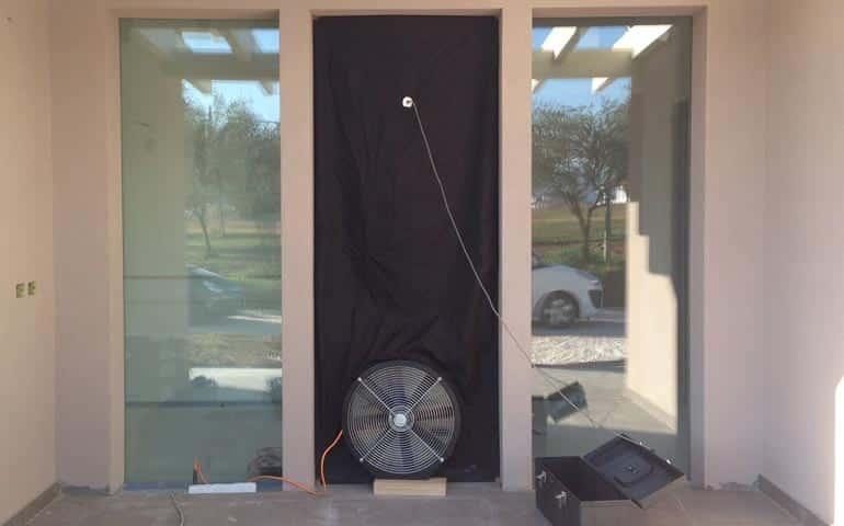 Blower Door Test Officine Expo